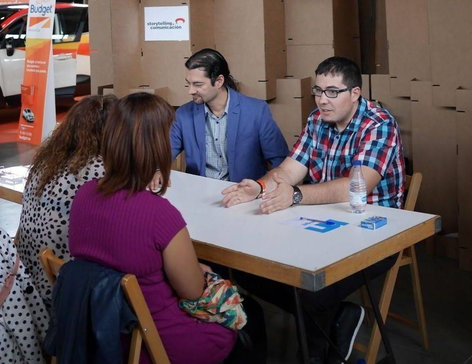 aprender a hablar en público - Centro de Negocios Help4u