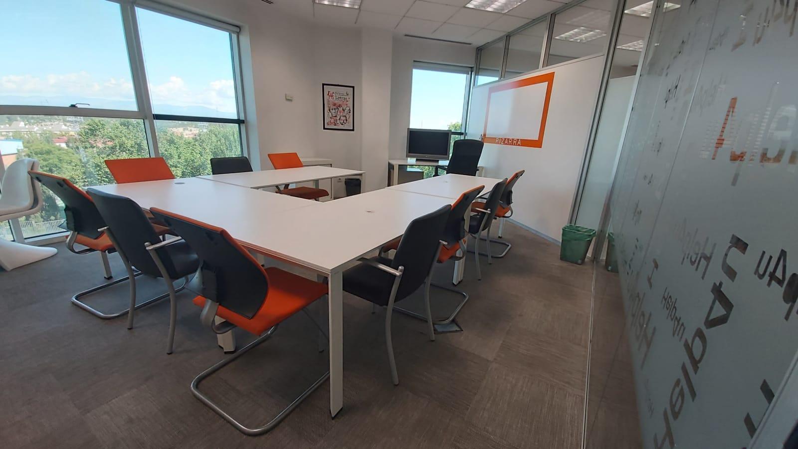 Sala canarias  - Salas de reunión en centro de negocios